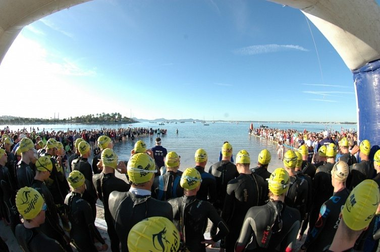 Mallorca triathlon start