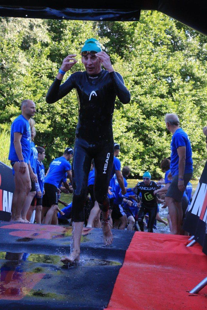 Ironman Austria выход из воды