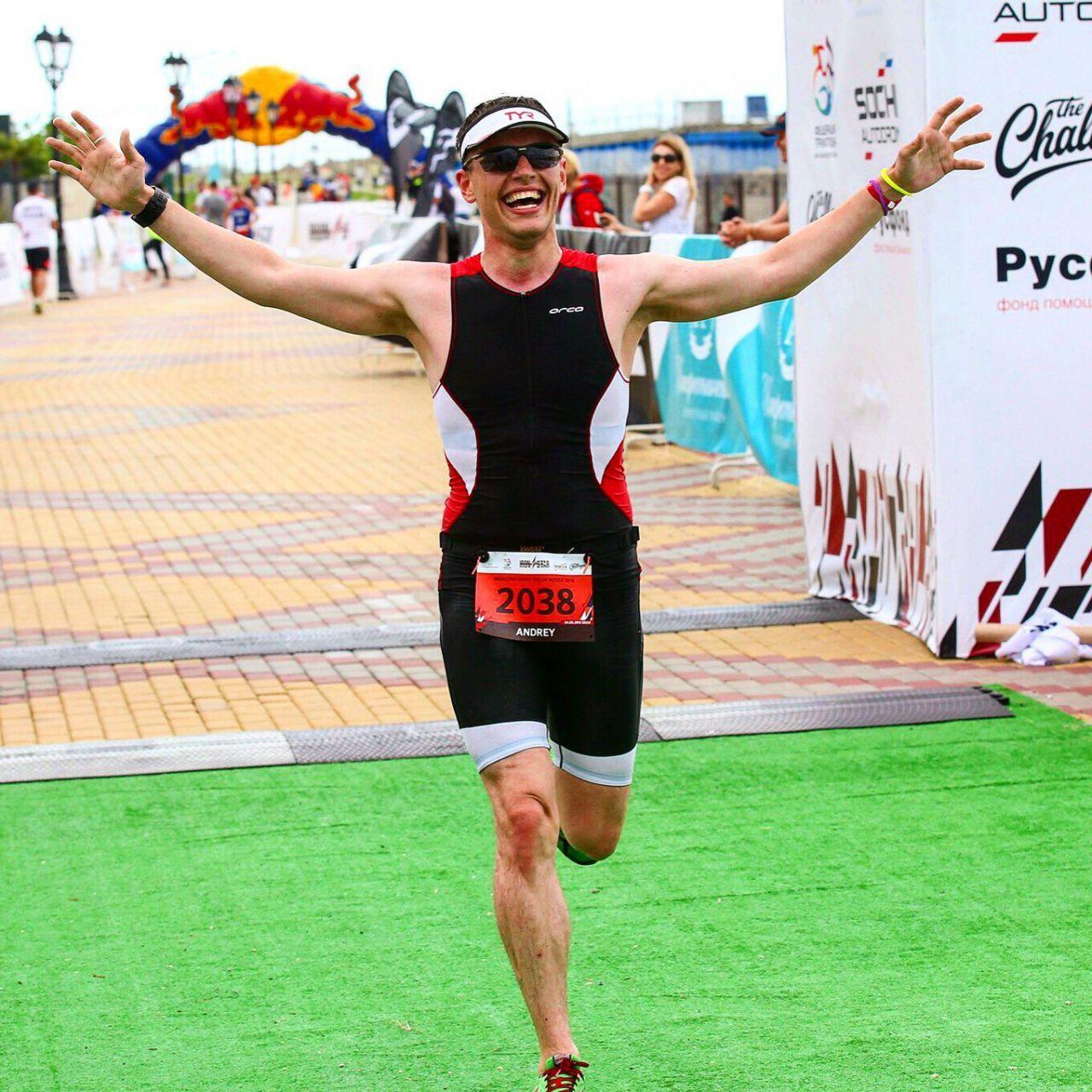 Финиш на Ironstar Sochi спринт триатлон