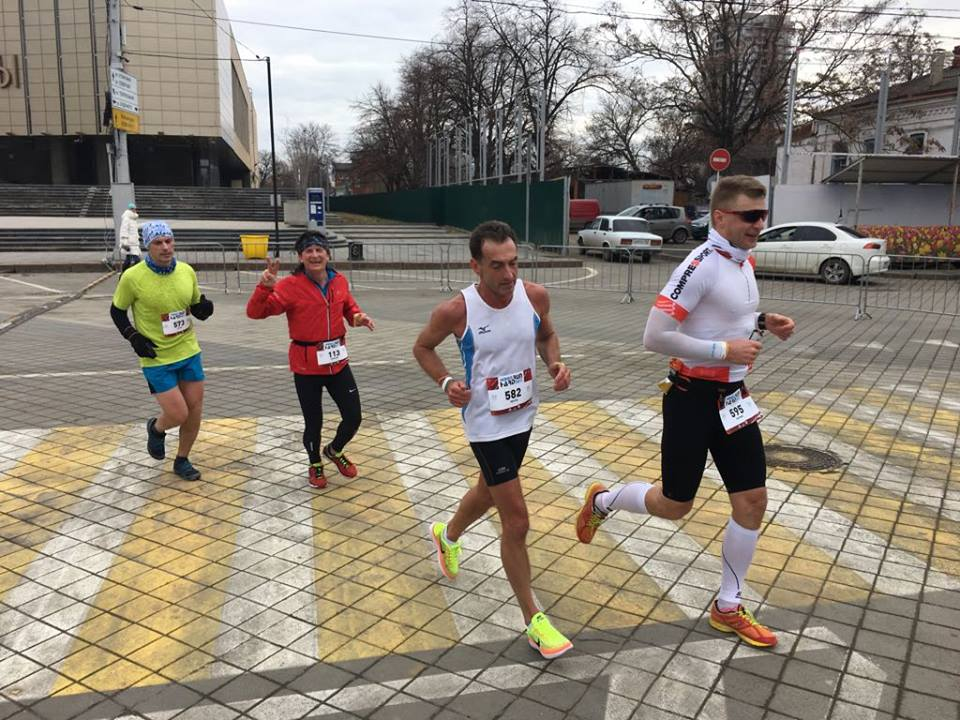 На трассе марафона HardRun в Краснодаре