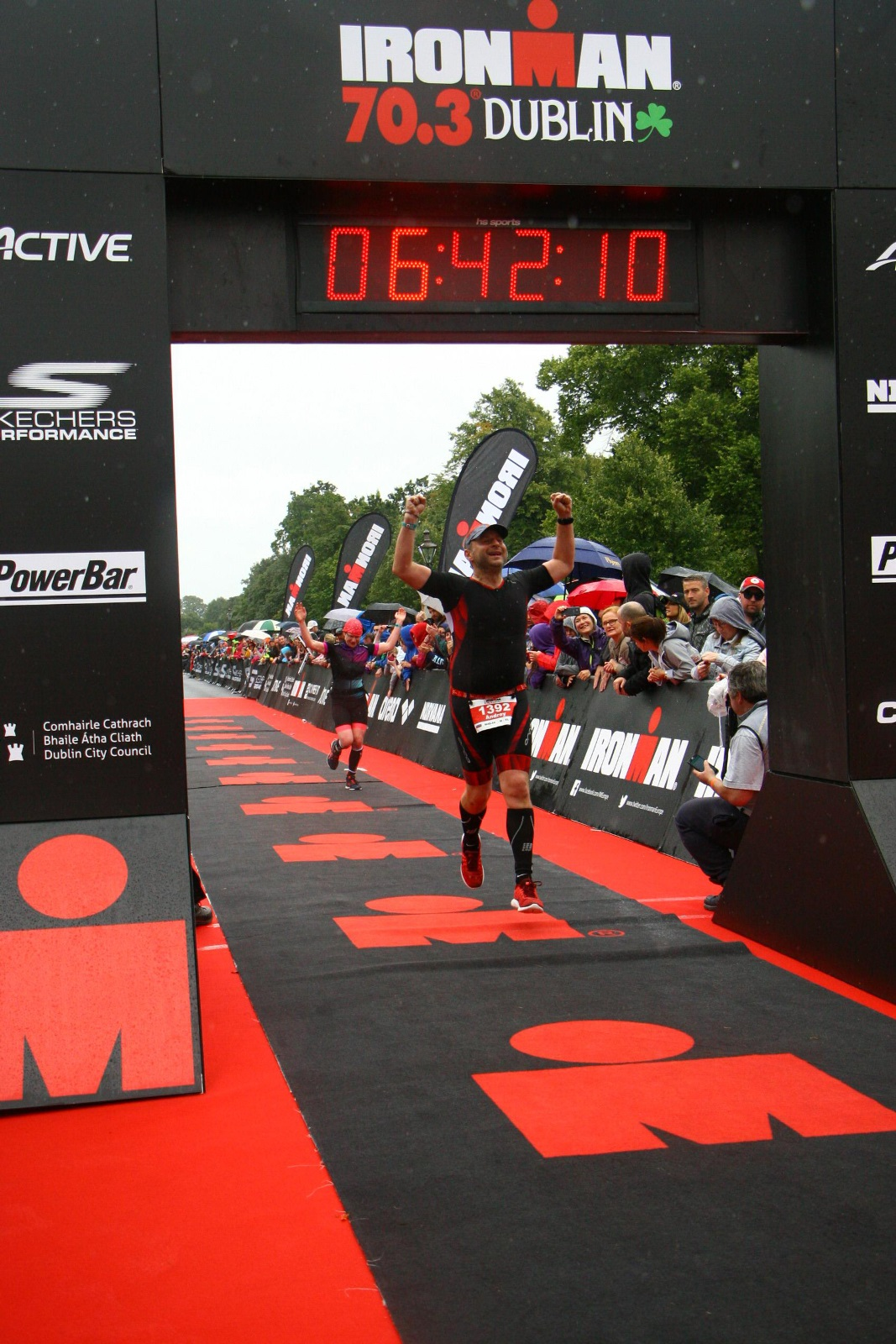 Финиш на Ironman 70.3 Dublin