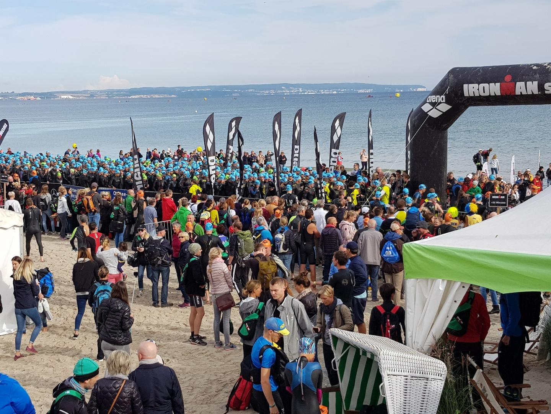 Начало плавания на Ironman 70.3 Reugen