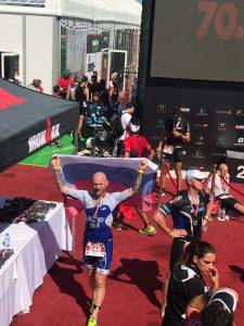 Финиш на Ironman 70.3 Dubai