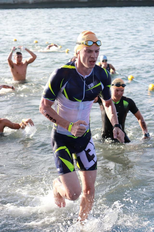 Плавание на Ironman 70.3 Philippines