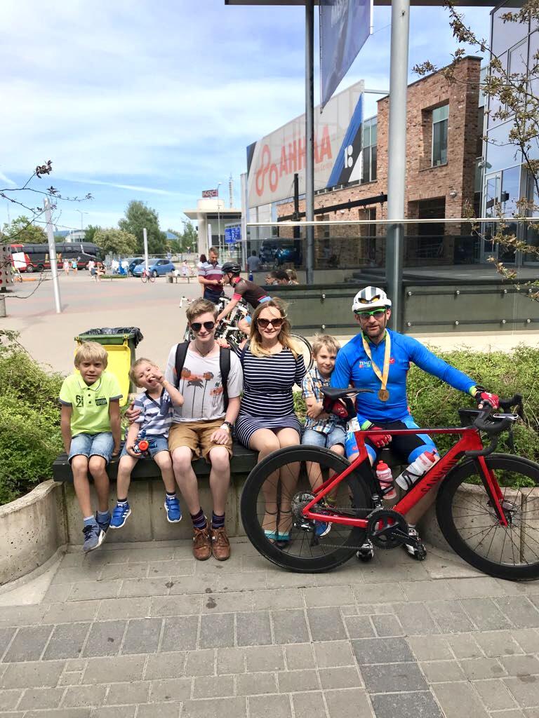 После финиша с семьей на Tartu Rattaralli