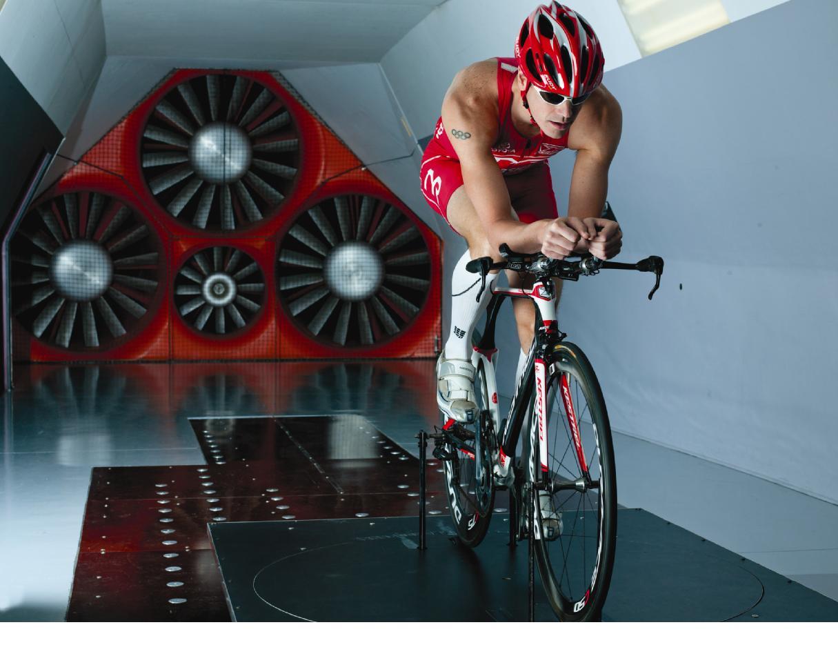 Andy Potts на тестировании в A2 Wind Tunnel